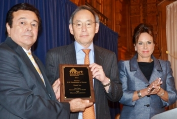 Secretary Chu receives the Federal Partner Award from the Minority Business RoundTable (MBRT) for his work and the Office of Small and Disadvantaged Business Utilization's support. He is pictured here with Roger Campos, President & CEO of the MBRT, and Andra Rush, CEO of Rush Trucking. Photo Credit: Alan Schlaifer, Elite Images.