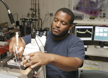 Fisk University graduate student, George Turner conducting research at the Lawrence Livermore National Laboratory. | Photo courtesy of Lawrence Livermore National Laboratory.