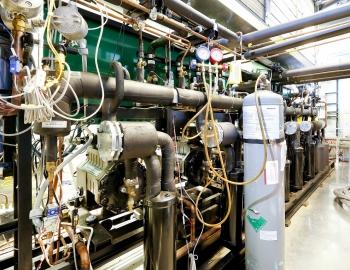 EERE Success Story—New Refrigerant Boosts Energy Efficiency of Supermarket Display Cases