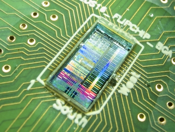 OptiBit's product brings the high bandwidth and energy efficiency of fiber optics to computer chips, helping data centers keep up with ballooning volumes of electronic information while saving energy. | <em>Photo courtesy of OptiBit</em>