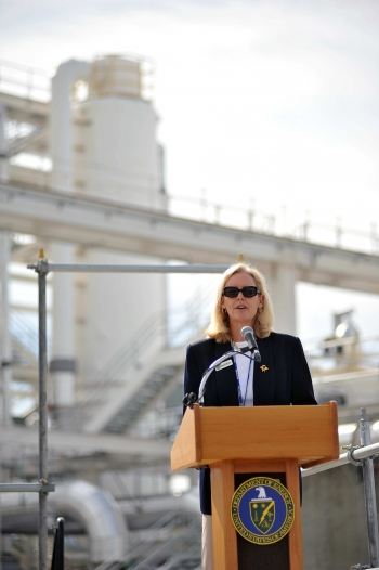 EM Principal Deputy Assistant Secretary Tracy Mustin speaks during the operational kickoff event for the 200 West Pump and Treat System this month.