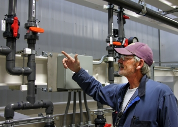 Soil and Groundwater Remediation Project Pipefitter John Reynolds explains some of the modifications he helped make at the 200 West Pump and Treat System that increased its water treatment capability.