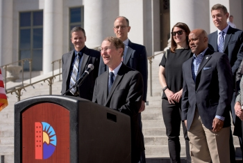 Under Secretary for Science and Energy  Dr. Franklin Orr announces Denver as the host city for the 2017 U.S. Department of Energy Solar Decathlon. | Photo courtesy of Ellen Jaskol