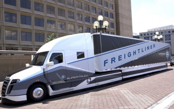 Heavy-duty trucks are getting more efficient thanks to the Energy Department's SuperTruck initiative.