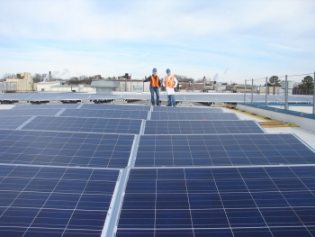 Wrigley Manufacturing Company is using solar energy to help run its Altoids manufacturing plant in Chattanooga, Tennessee. | Photo courtesy of Chris Davis, Tennessee Solar Institute.