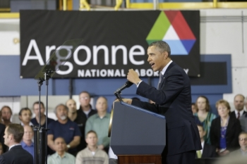 President Barack Obama delivers remarks on clean energy at Argonne National Laboratory's Nanoscale Materials Center in Lemont, Ill., March 15, 2013. | Official White House Photo by Chuck Kennedy
