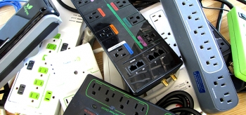 Choose the right advanced power strip based on your habits to reduce the electricity wasted when your electronic devices are idle.