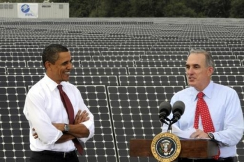 In 2009, at the DeSoto Next Generation Solar Energy Center, President Obama announced the launch of the $3.4 billion Smart Grid Investment Grant program.