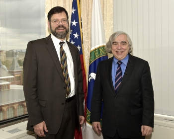 Secretary Moniz congratulates Jonathan Pershing on March 25, 2016, Pershing's last day at the Energy Department. | Energy Department Photo.