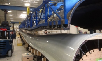 Using its fiberglass technology expertise and a grant from the Energy Department's State Energy Program (SEP), Energetx Composites was able to shift its operations to producing wind turbine blades. | Photo courtesy of Energetx Composites.