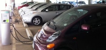 If your employer offers it, charging your car at work is just one benefit of driving a plug-in electric vehicle. | Photo courtesy of Erik Nelsen, NREL.