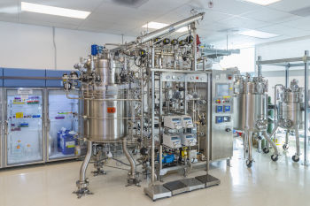 Fermenter used in the scale-up of malonic acid.| Photo courtesy of Roy Kaltschmidt/Berkeley Lab
