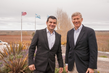 Deputy Energy Secretary Daniel Poneman, right, and YPF CEO Miguel Galuccio meet prior to touring the Vaca Muerta shale formation. | Photo courtesy of YPF.