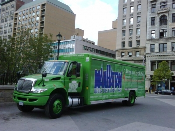 Manhattan Beer Distributors' first diesel-electric hybrid delivery vehicle | Photo Courtesy of Manhattan Beer Distributors