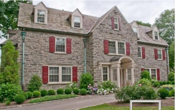 A historic home with low-e storm windows. Image: QUANTA Technologies, Inc.