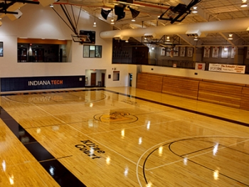 Lighting units in the Schaefer Center's Kline Court, where Indiana Tech's basketball and volleyball teams compete, will be retrofitted with LEDs. | Photo courtesy of Indiana Tech
