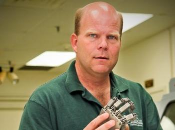 Dr. Lonnie Love   Photo Courtesy of ORNL