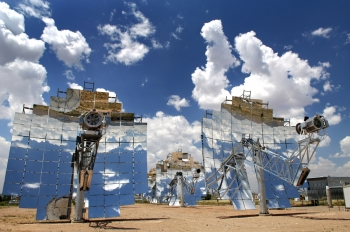A concentrating solar power system in Albuquerque, New Mexico. | Photo by Randy Montoya/Sandia National Laboratory.