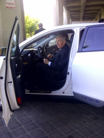 Deputy Secretary Daniel Poneman test drove the Hyundai Tucson Fuel Cell vehicle when the car made an appearance at the Department of Energy headquarters in Washington, D.C.