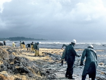 The massive offshore oil spill in Santa Barbara in 1969 galvanized the environmental movement, locally and perhaps nationally. | Photo courtesy Bob Duncan