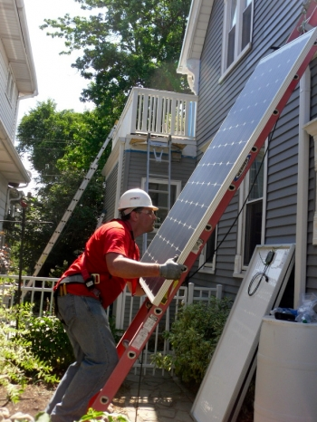 Residential solar installation in Milwaukee. | Photo courtesy of Dr. Paula Papanek.