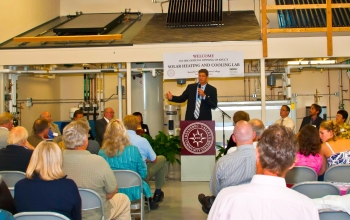 The grand opening of the Northeast Solar Heating and Cooling Instructor Training Project at Kennebec Valley Community College (KVCC) in Fairfield, Maine in August 2011. | Image courtesy of Eric Escudero.