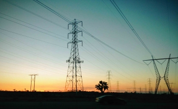 Transmission lines along Highway 15 outside Victorville, California. | Photo courtesy of Abby Rowling.