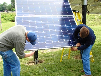 IBEW 725 Electricians Install Solar Panels At The Unions Hall In Terre Haute
