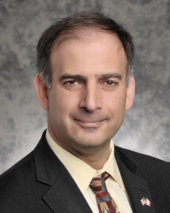 Dr. Julio Friedmann