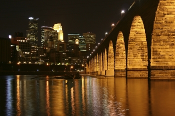 "The City of Minneapolis, or the ""City of Lakes"", lies on both banks of the Mississippi River in Minnesota. Once the flour milling capital of the world, the larger of the Twin Cities is now a thriving Midwestern economic hub.  │ Photo courtesy of Meet Minneapolis."