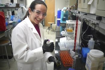 ORISE intern working onsite at FE's National Energy Technology Laboratory.