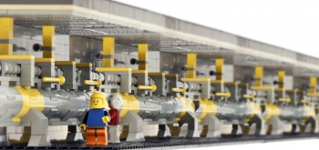 Lego Rendition of SLAC National Laboratory's Linear Particle Accelerator