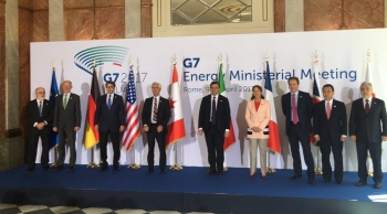 DOE Secretary Perry at the G-7 Energy Ministers Meeting in April 2017