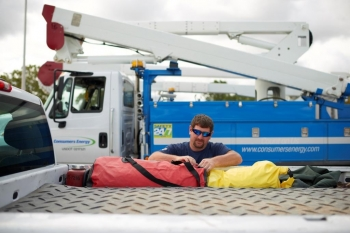 Mutual assistance networks enabled utilities to call on each other for support during Hurricane Irma.