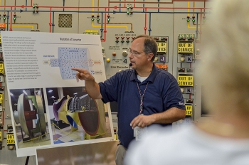 Tour guide Steve Christmas from EM's deactivation contractor, Fluor Federal Services.