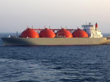 Ship exporting liquified natural gas