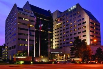 a night time shot of the loews vanderbil hotel.