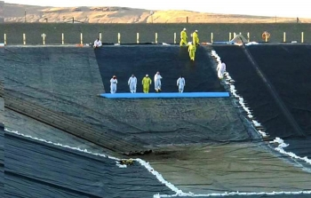 ORP tank farms contractor Washington River Protection Solutions installed a new cover in one of three Liquid Effluent Retention Facility Basins in FY2017. LERF stores wastewater generated by 242-A Evaporator campaigns and other Hanford cleanup activities.
