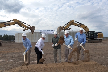 From left:  SDU 7 Project Manager Craig Carlisle, Savannah River Remediation President and Project Manager Tom Foster, Energy Secretary Rick Perry, DOE-Savannah River Manager Jack Craig, SDU 7 Federal Project Director Shayne Farrell.
