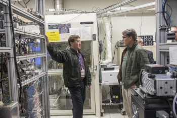 David Babineau explains the Thermal Cycling Absorption Process to Secretary Perry. Invented by SRNL, TCAP has reduced the footprint needed to separate hydrogen isotopes by up to 10 times while saving operational costs and improving performance.