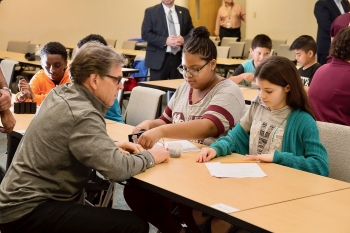 Secretary Perry meets students from BEAMS at Jefferson National Laboratory.