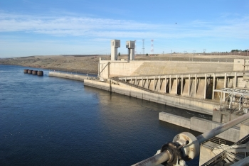 Photo of Ice Harbor Dam in Washington.