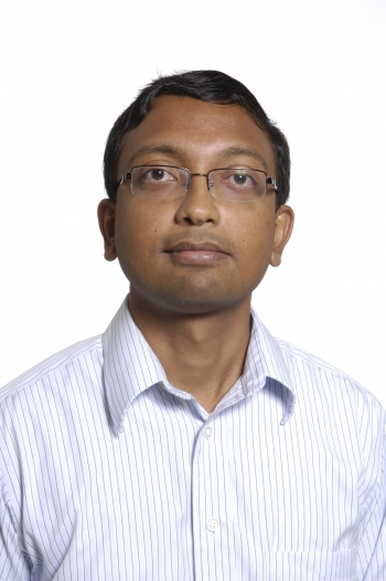 Head and shoulders shot of Hariharan Krishnaswami