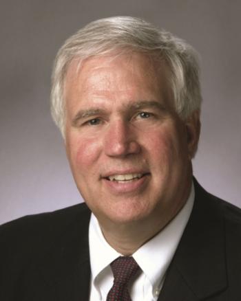 Photo of Dr. Richard Meserve (NEAC Co-Chair), Senior of Counsel, Covington & Burling, LLP.