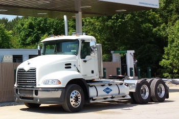 Natural Gas Powered Heavy Duty Truck