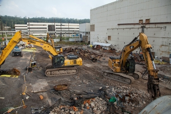 A view of the west end of Alpha-4 after teams finished demolishing and removing the West Column Exchange equipment.