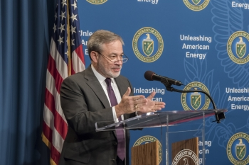 Deputy Secretary Brouillette addresses crowd at Women's Empowerment Network event at Department of Energy headquarters in Washington, D.C.