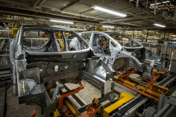 2018 Nissan Leaf production at Smyrna Vehicle Assemembly