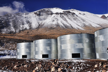 The High-Altitude Water Cherenkov Gamma Ray Observatory