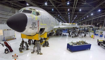 Airplane in the hangar of the Oklahoma City Air Logistics Center.